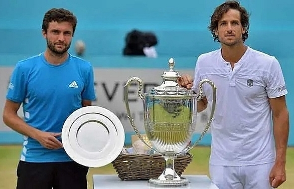 lopez becomes oldest queens title winner at 37