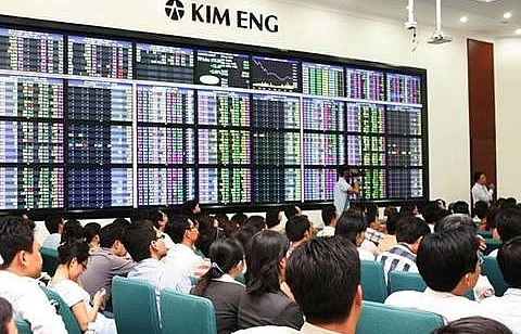 shares slide on weak trading