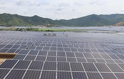 hoa hoi solar power plant opens in phu yen