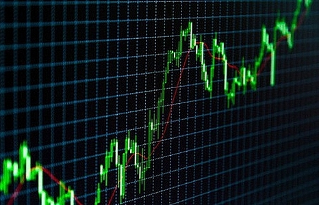 textile and seafood stocks push markets up