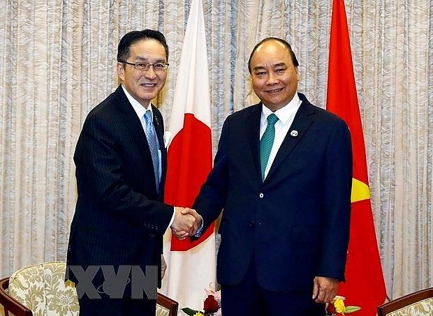 prime minister hails japanese investors operation in vietnam