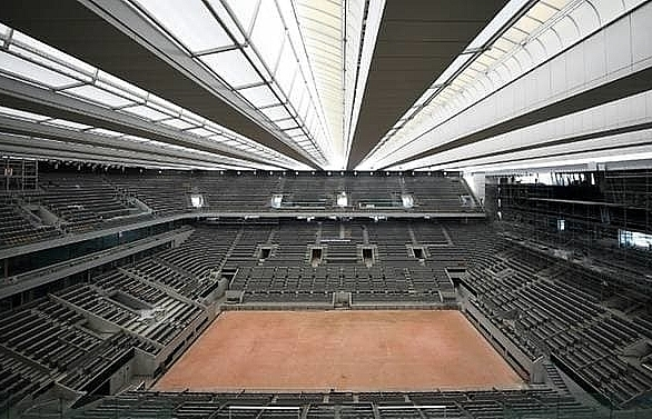government to decide on spectators at french open