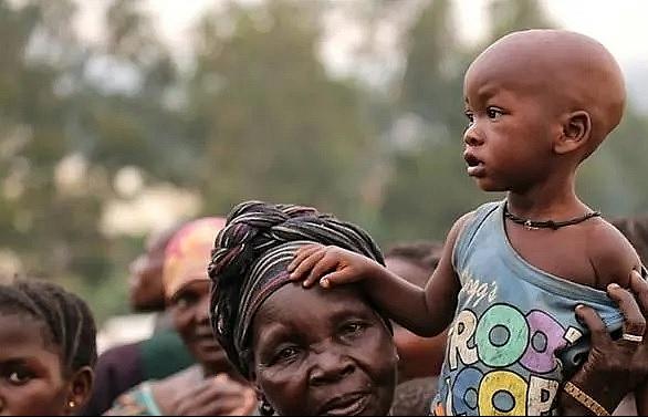 1300 civilians killed in dr congo half million flee homes un