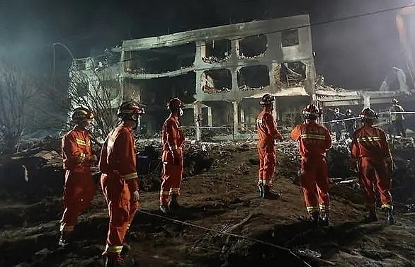 at least 19 dead nearly 200 injured after gas tanker accident in chinas zhejiang