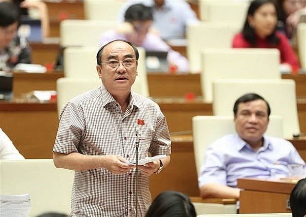 na passes revised investment law