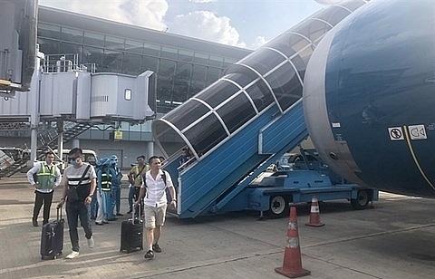 vietnam airlines postpones shareholders meeting until july 16