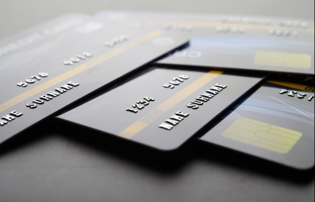 credit cards for corporates facilitating cashless adoption