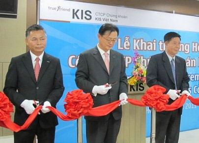 kis vietnam says will lure more korean investors