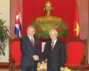 vietnam and cuba look to bolster ties