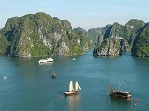 Halong Bay in spotlight