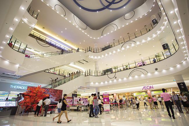 Aeon Mall setting a high standard