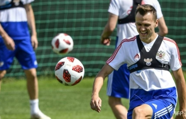 russia hope for world cup miracle against spain