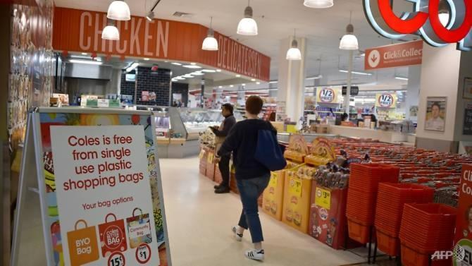 bag rage as australia supermarkets impose plastic ban