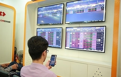 vietnam shares slump amid trade war fears