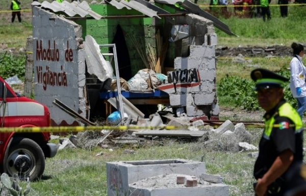 fireworks explosions kill 19 in central mexico