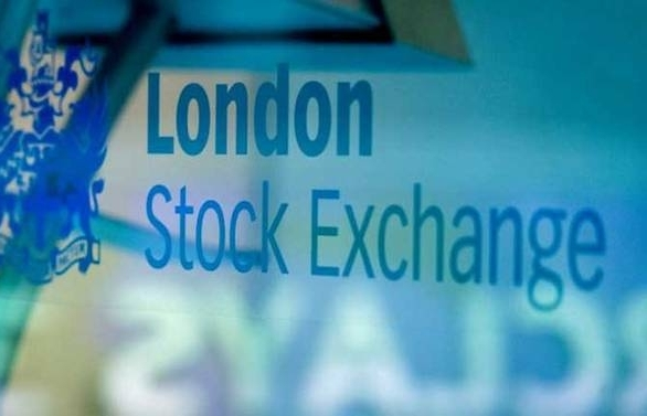 european stocks enjoy global rally as johnsons exit stings pound