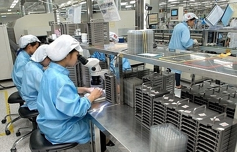vietnam should reform amidst strong growth says imf