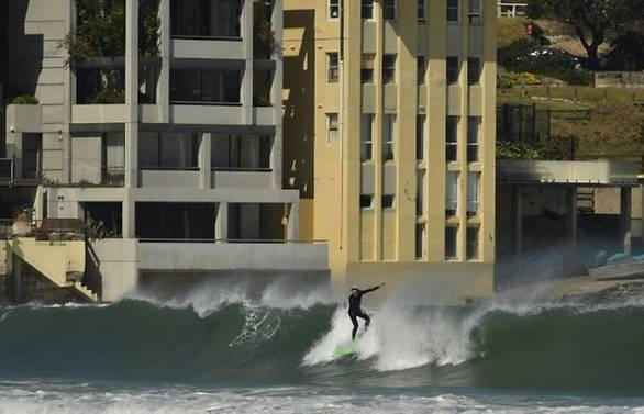anger at plan to curb surfing on sydneys iconic bondi beach