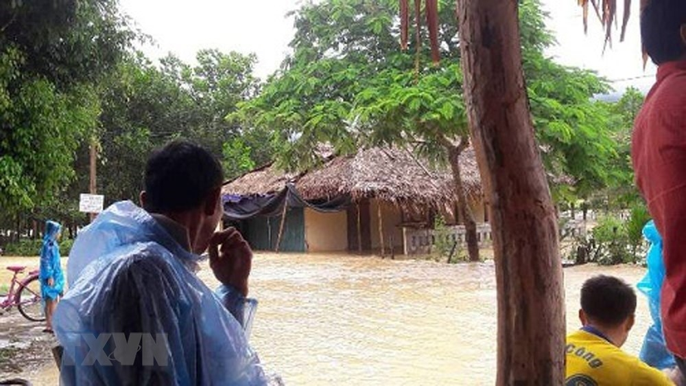 widespread downpours cause floods in northern central localities