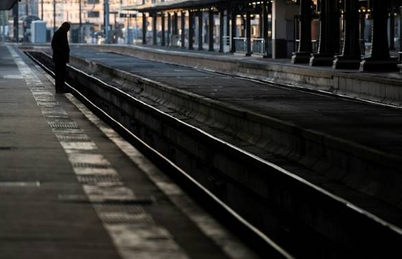 french rail strike cost operator sncf us 920 million report