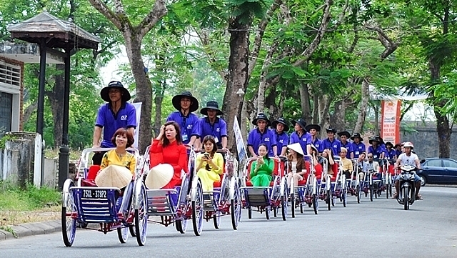 cyclo tour a leisurely sightseeing experience in hue