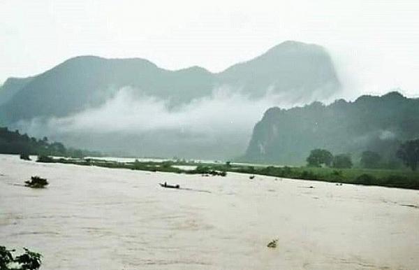 phong nha ke bang caves close due to heavy rains