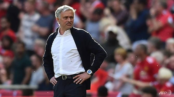 manchester utd face battle for early points says mourinho