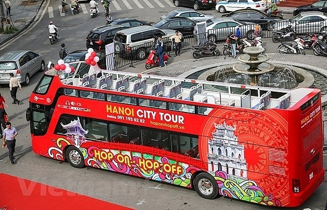 hanois open top bus to run during evenings from august 1