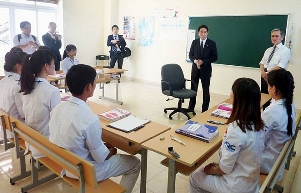japan targets 10000 vietnamese caregivers by 2020