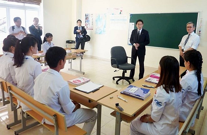 japan targets 10000 vietnamese caregivers by 2020