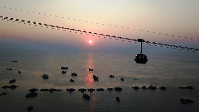 chasing the sunset on phu quoc island