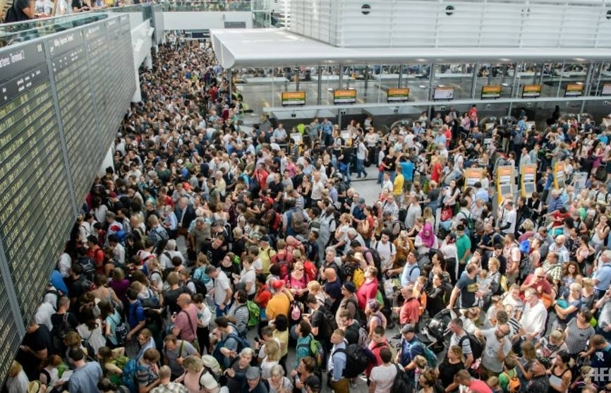munich airport cancels 200 flights after intruder alert