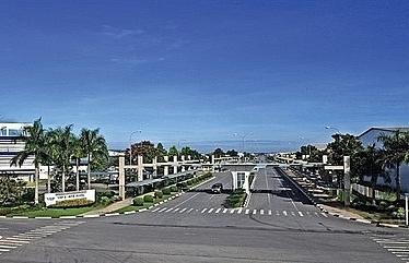 vietnam among top 3 regional destinations for singapore companies hsbc study