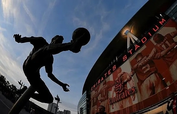 arsenal fan groups call on kroenke to reinvigorate flagging club