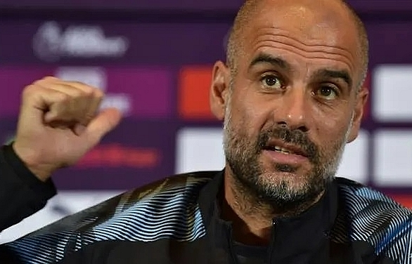 they are talking guardiola unamused by bayerns sane pursuit