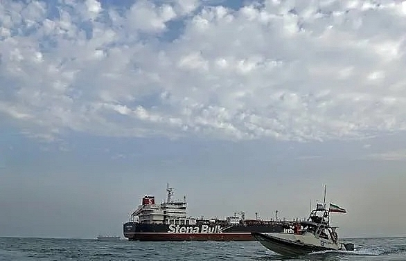 iran open to uk tanker swap amid hopes for progress