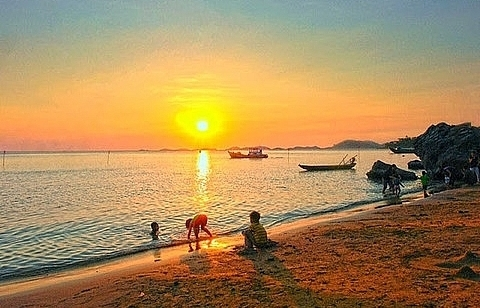 kien giang approves 20 projects worth total 2 billion