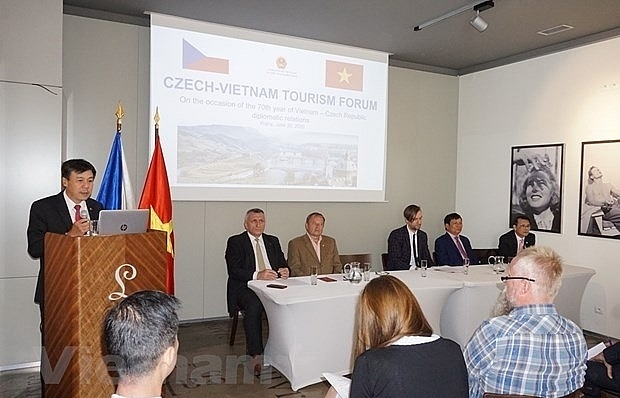 vietnam czech republic step up tourism cooperation
