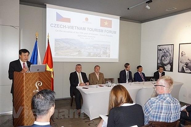vietnam czech republic step up tourism cooperation