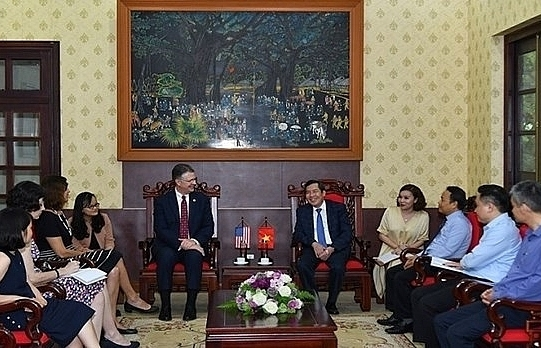vietnam us look to expand press cooperation