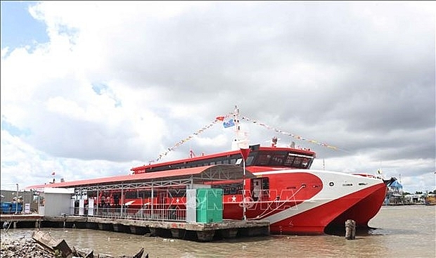 ca mau launches first express boat service to nam du phu quoc