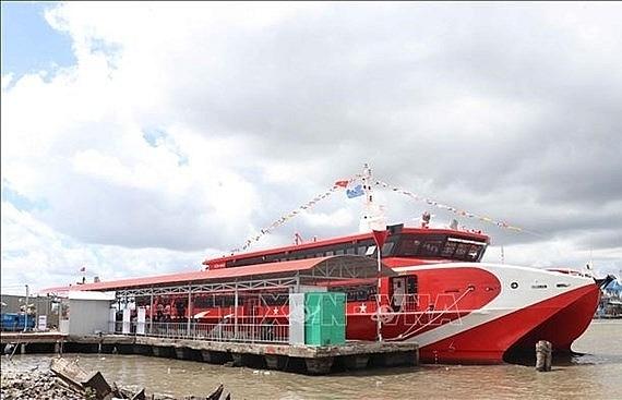 ca mau launches first express boat service to nam du phu quoc