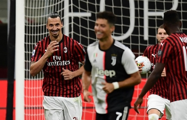 zlatan fires milan comeback as juve miss chance to stretch lead