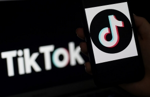 top us aide expects tough action on tiktok wechat