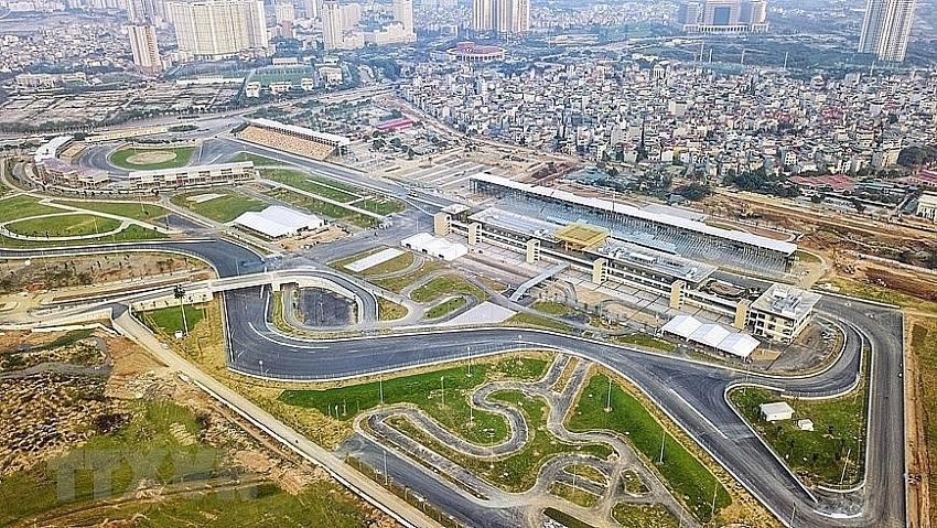 1500p24 hanoi considers hosting first f1 grand prix in november