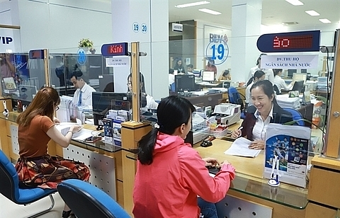 low economic outlook drags on local shares
