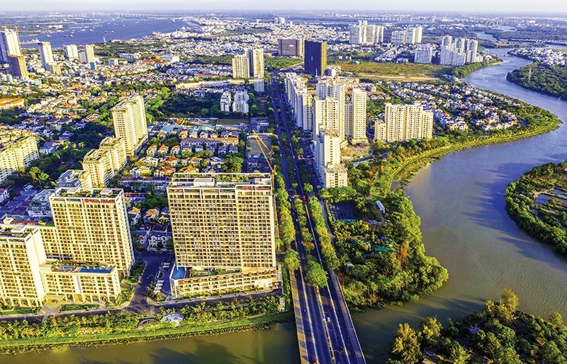 Real estate market on firm basis in first half