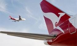 qantas plays down takeover talk