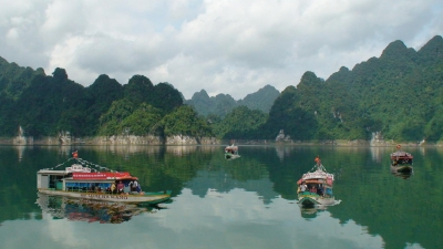 na hang lake a primitive and mysterious beauty