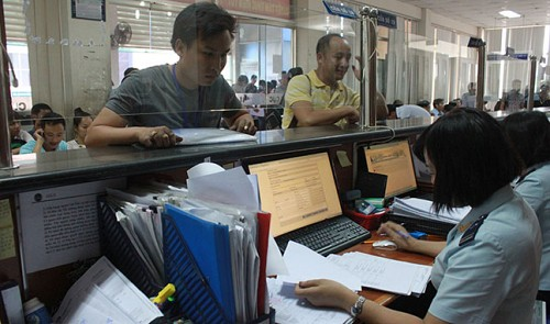 Vietnam to cut time to clear customs by 30 pct in 2015: ministry